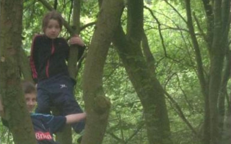 The Victorian child can be seen standing to the left of a tree where Michelle's children, Sophia and Lee were climbing