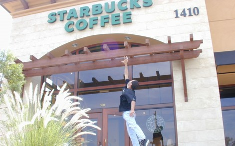 Rafael has been travelling the world visiting Starbucks since 1997.