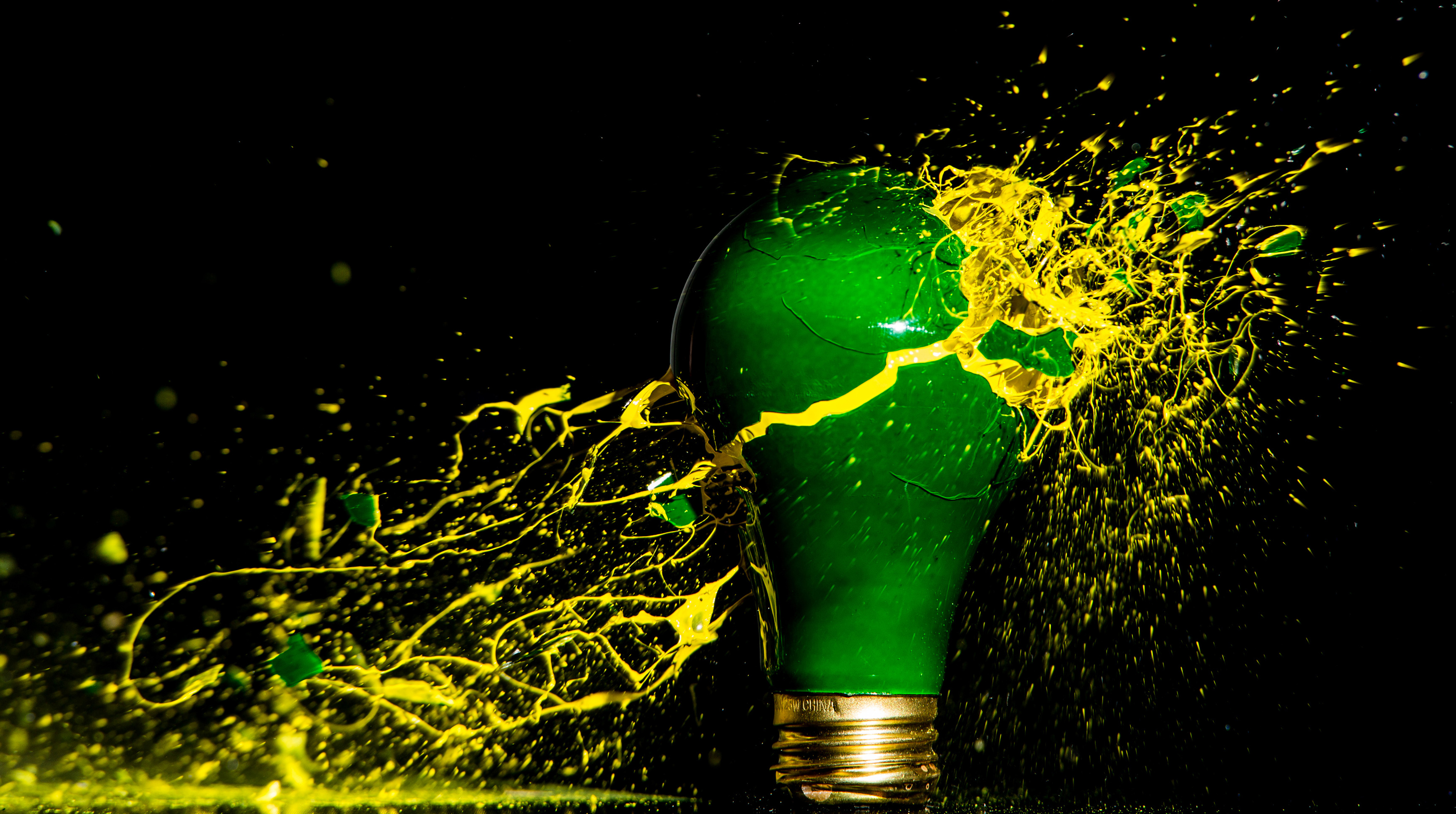 200 Beautiful Bulb Pictures  Pexels  Free Stock Photos