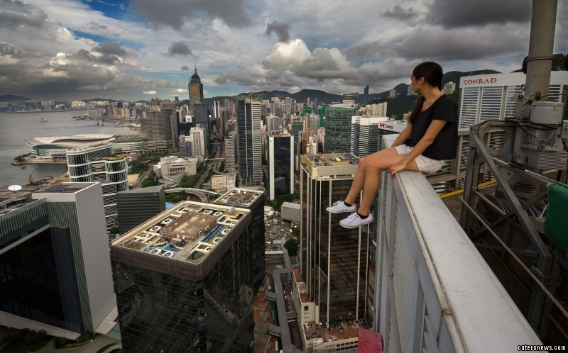 The Barmy Bunch Ventured Around City Of Hong Kong In Search Any Building That