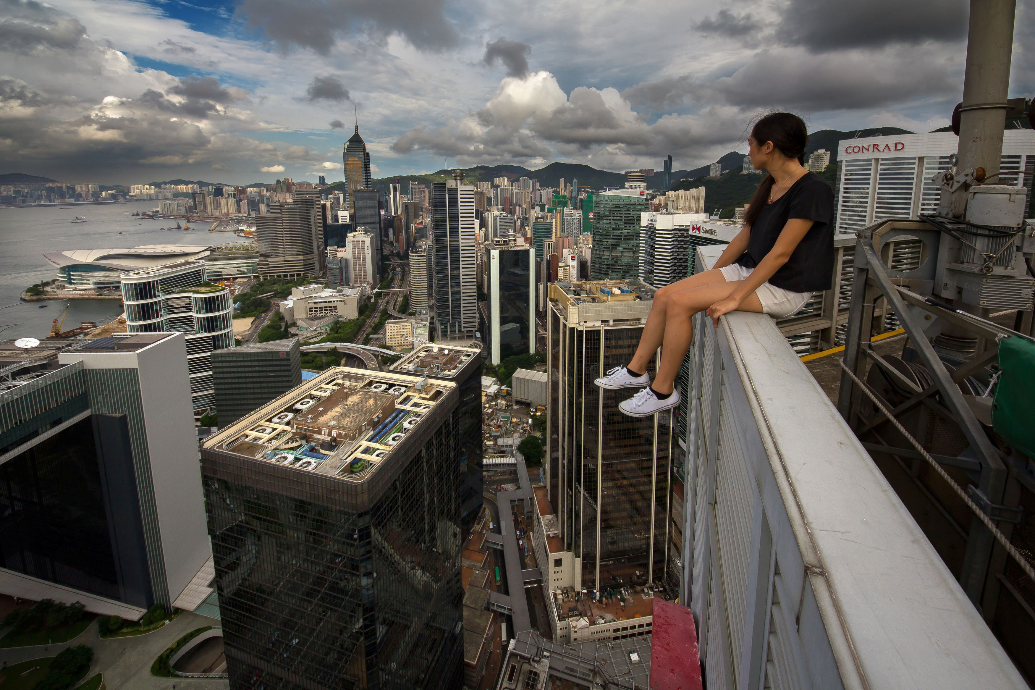 The Great Fall Of China: Russian Daredevils Take Selfies