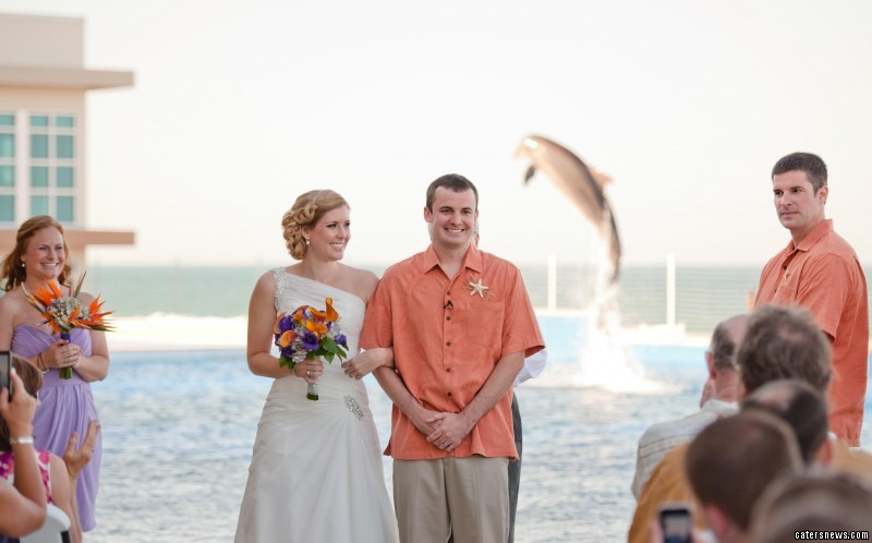 "Sarah said: ""The reaction to the picture of the dolphin appearing when Steve and Alexis kissed has been incredible."""