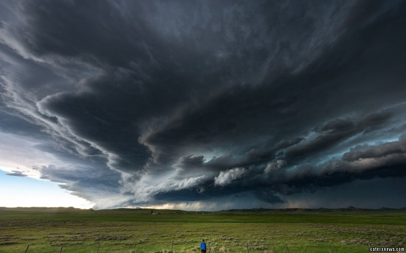 Incredible storm chaser