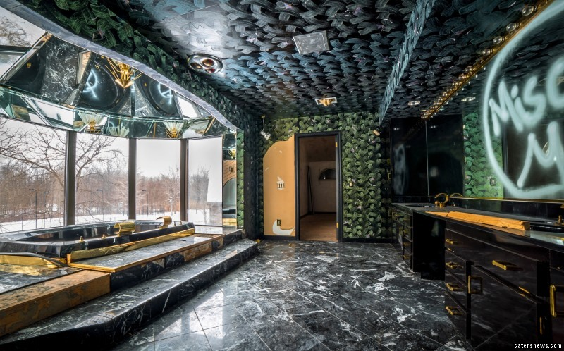 From gold plated decor to a mirrored ceiling Jacuzzi, the eerie mansion  is now totally abandoned