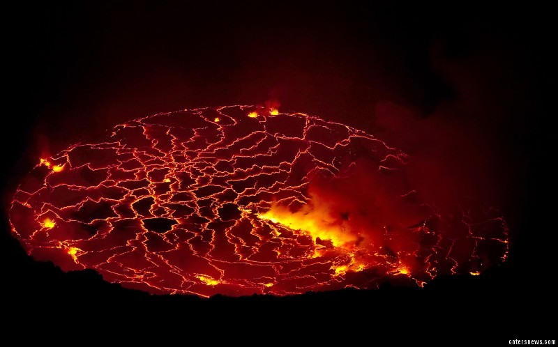 He decided to abseil much closer to the smouldering lava than many would dare to go