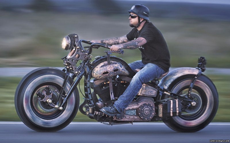 PIC FROM GOS /CATERS NEWS - (PICTURED: The tattoo bike in action)