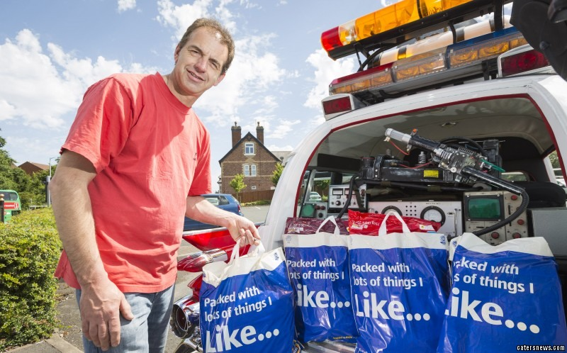 PIC FROM CATERS NEWS - (PICTURED: There is plenty of space inside the car for Paul to place all his bags )