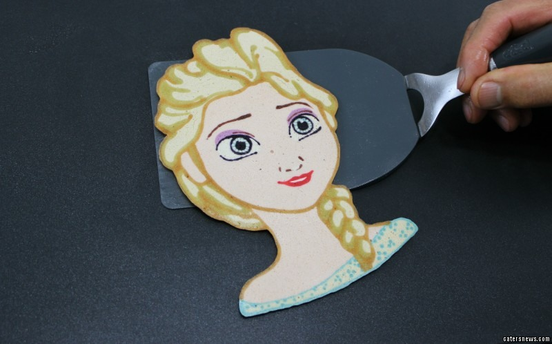 Elsa from Frozen Pancake art