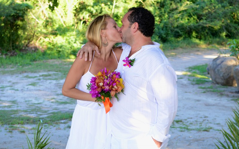 Gustavo Bogomolni, 45 and Fanny Perez, 39 at their fourth wedding at Antigua island in december 2014