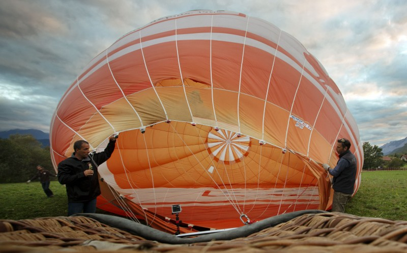 Preparations take place before the hot air balloon is launched