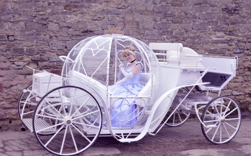 Jesse dressed as Cinderella in her carriage
