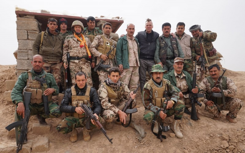 ANDREW DRURY, FOURTH FROM RIGHT, BACK ROW WITH PESHMERGA FIGHTERS
