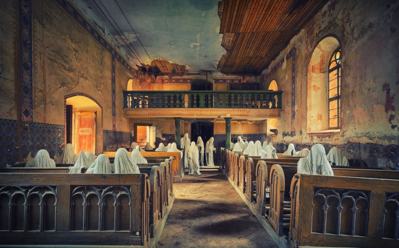 photographer finds beauty in eerie abandoned places of worship