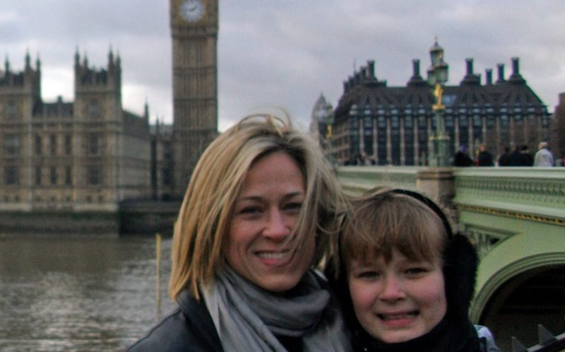 JENNIFER SULLIVAN / CATERS NEWS - Jennifer and Danielle-Skye, her daughter in London with Big Ben behind her.