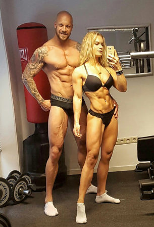 Power couple - Mum sheds pregnancy weight to become body