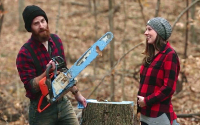 bark ing mad couple find out there baby s gender with lumberjack twist