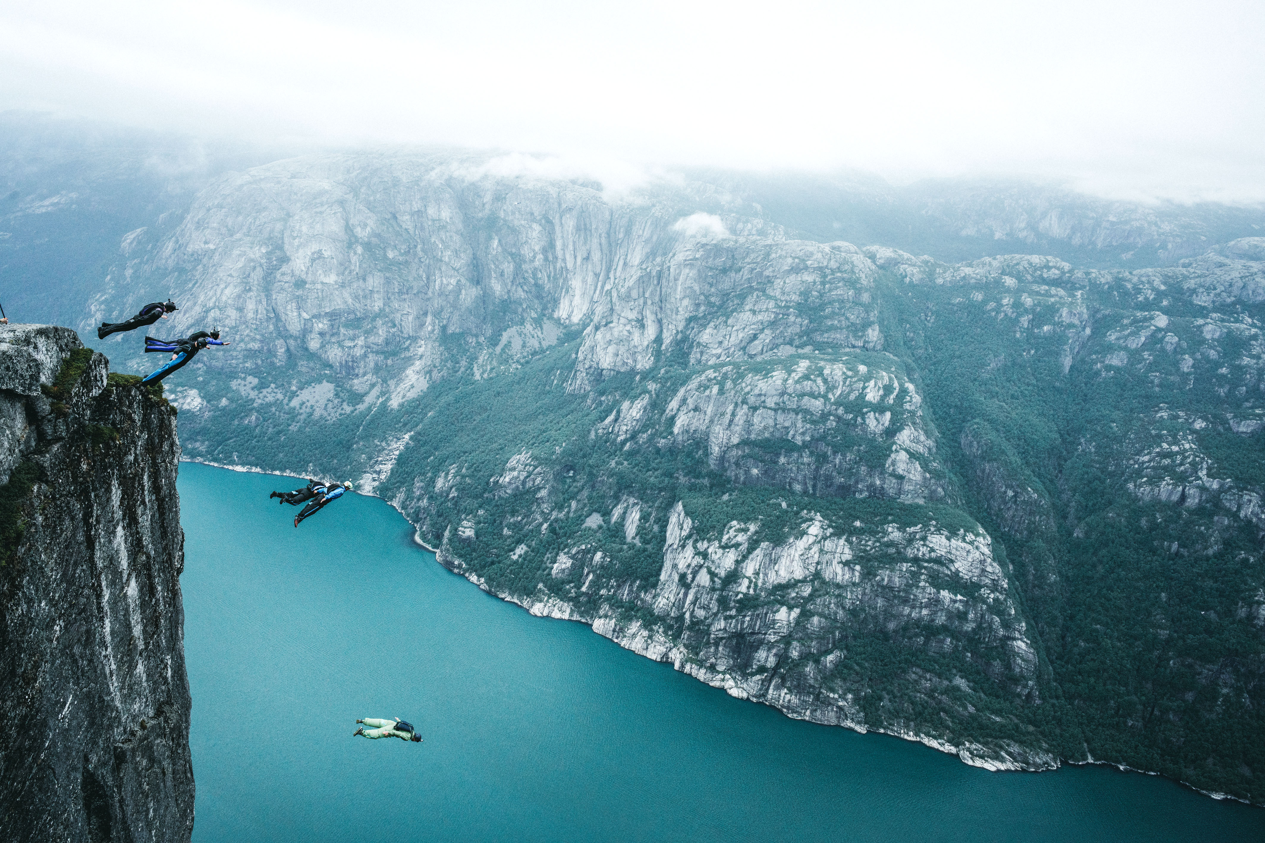 Geronimo base jumpers launch themselves from 1100m high cliff caters news agency - Highest cliff dive ever ...
